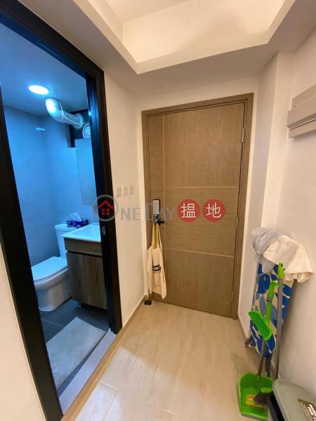 荷李活大樓 中層住宅-出租樓盤 HK$ 12,000/ 月