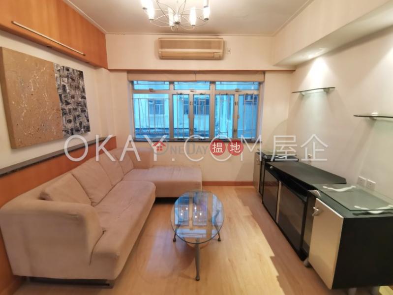 2房1廁百德大廈出租單位 47百德新街   灣仔區-香港-出租 HK$ 29,000/ 月