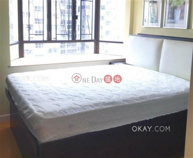 HK$ 33,000/ month, Beverley Heights, Eastern District | Popular 3 bedroom with balcony & parking | Rental