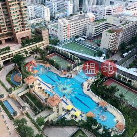 Tower 9 Island Resort | 2 bedroom Mid Floor Flat for Sale