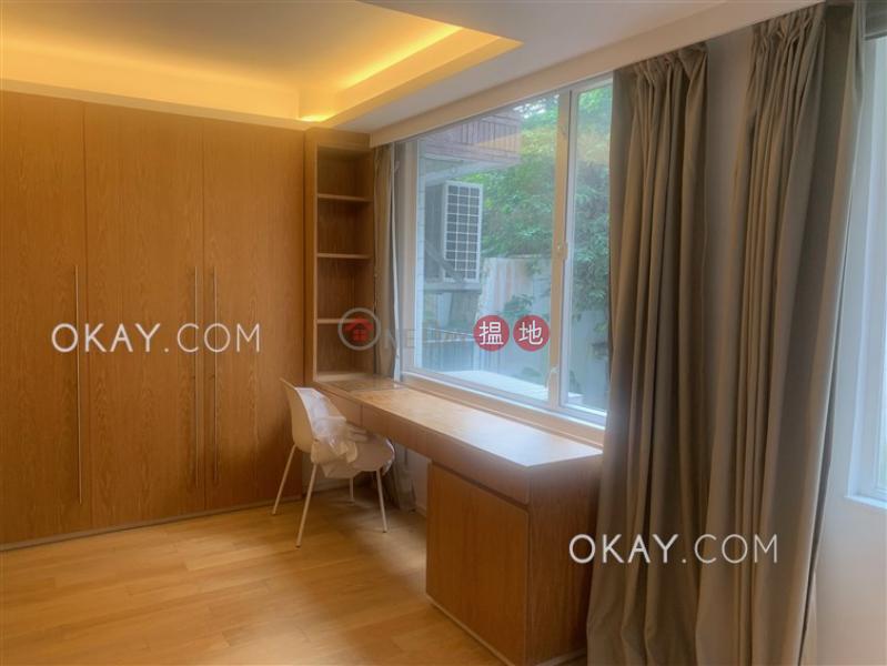 Unique 2 bedroom with parking | Rental, Block 4 Phoenix Court 鳳凰閣 4座 Rental Listings | Wan Chai District (OKAY-R112284)