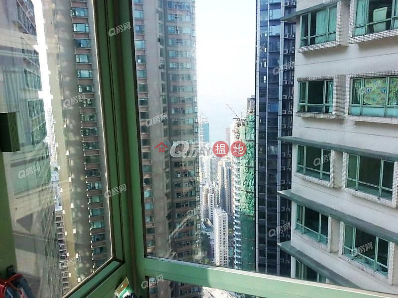 HK$ 1,800萬|高雲臺|中區名牌校網,交通方便,實用靚則,廳大房大,間隔實用《高雲臺買賣盤》