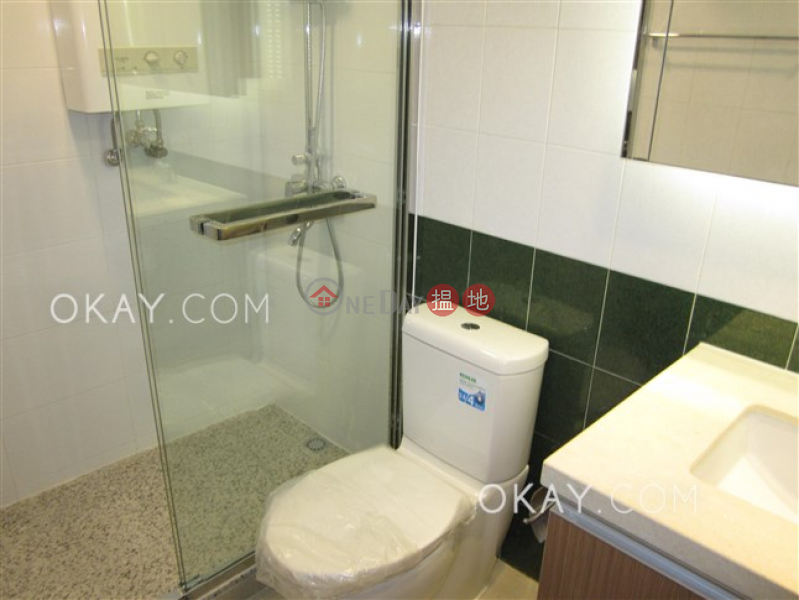 HK$ 52,000/ month, The Regalis, Western District Gorgeous 3 bedroom with parking | Rental