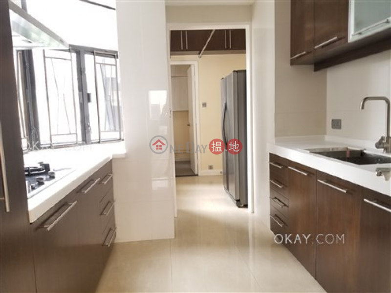 Lovely 3 bedroom with balcony & parking | Rental | Cavendish Heights Block 6-7 嘉雲臺 6-7座 Rental Listings
