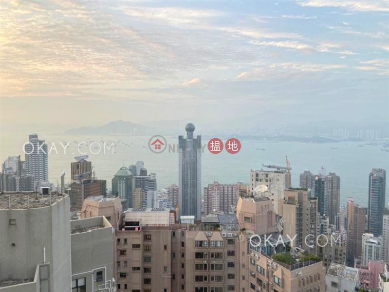 Charming 3 bedroom on high floor with harbour views | Rental | Scholastic Garden 俊傑花園 Rental Listings