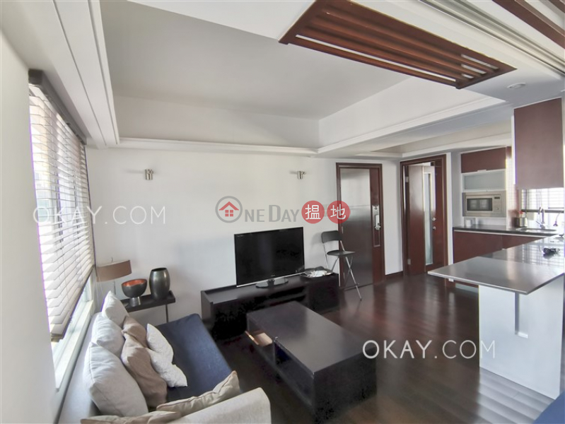 Intimate 1 bedroom on high floor with harbour views | Rental, 21-31 Old Bailey Street | Central District, Hong Kong, Rental | HK$ 25,000/ month