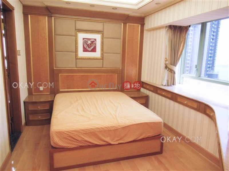 HK$ 43,000/ 月-信怡閣|西區3房2廁,極高層《信怡閣出租單位》