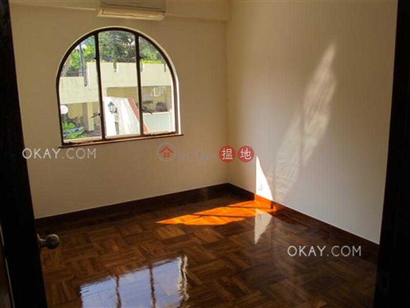 HK$ 6,500萬銀輝別墅 1座西貢-3房2廁,實用率高,海景,連車位《銀輝別墅 1座出售單位》