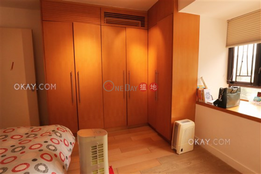 Charming 2 bedroom with balcony & parking | For Sale 33 South Bay Close | Southern District | Hong Kong, Sales, HK$ 20M