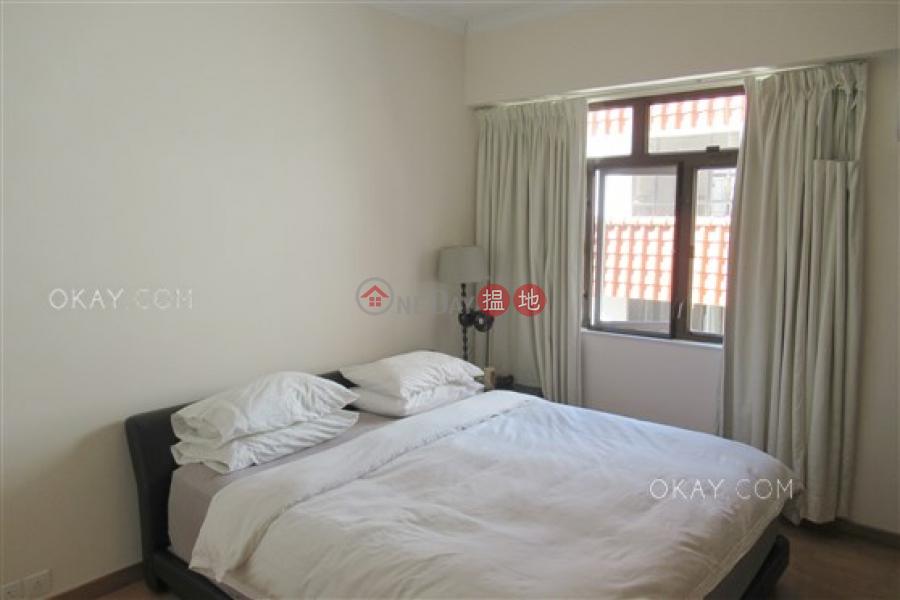 Elegant 3 bedroom with parking | For Sale 11 Consort Rise | Western District Hong Kong | Sales | HK$ 19.8M