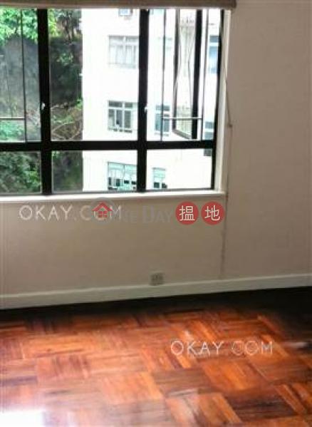 3房2廁,實用率高,可養寵物,露台《翡翠園出租單位》105羅便臣道   西區香港-出租HK$ 45,000/ 月
