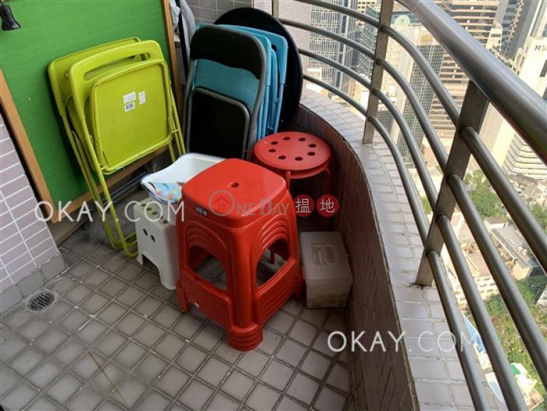 香港搵樓|租樓|二手盤|買樓| 搵地 | 住宅-出租樓盤2房1廁,極高層,可養寵物,露台《百麗花園出租單位》