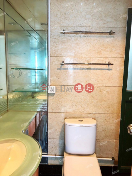 Property Search Hong Kong | OneDay | Residential Rental Listings | Tower 6 Island Resort | 3 bedroom Mid Floor Flat for Rent