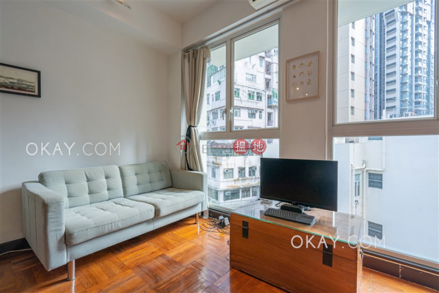 Lovely high floor with rooftop | For Sale | 17-19 Aberdeen Street 鴨巴甸街17-19號 Sales Listings