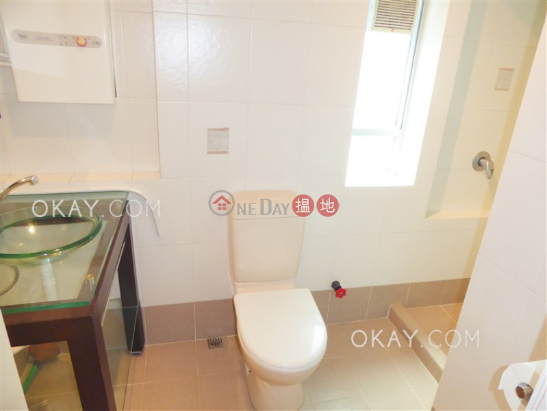 1房1廁,極高層,露台《金珀苑出售單位》|金珀苑(Amber Lodge)出售樓盤 (OKAY-S23788)