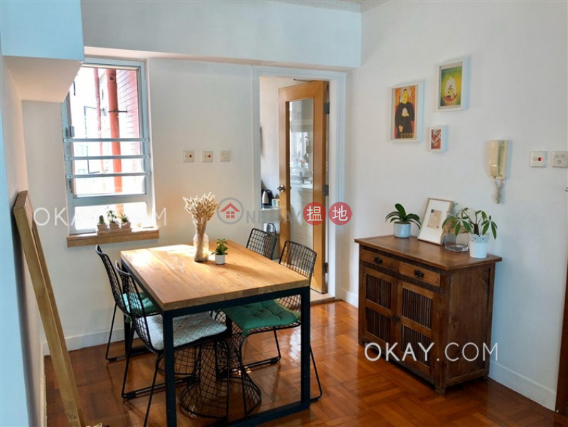Elegant 2 bedroom on high floor | Rental, Wah Fai Court 華輝閣 Rental Listings | Western District (OKAY-R1671)