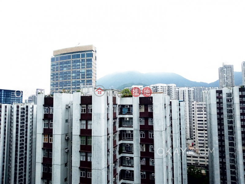 HK$ 40,000/ month, (T-35) Willow Mansion Harbour View Gardens (West) Taikoo Shing, Eastern District Elegant 3 bedroom on high floor with balcony | Rental