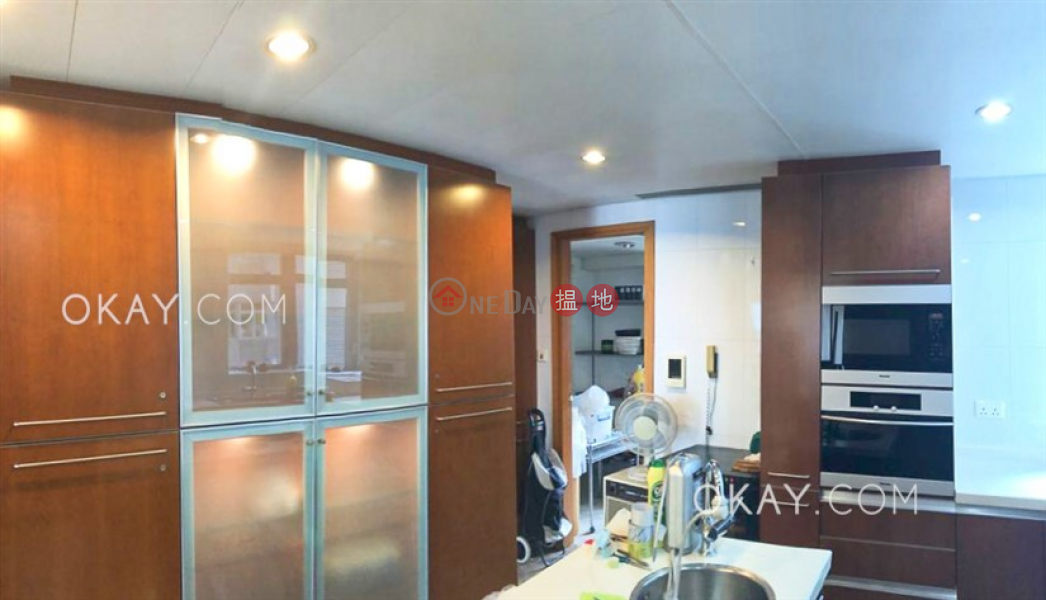 Gorgeous 2 bedroom on high floor with balcony & parking | Rental | Phase 4 Bel-Air On The Peak Residence Bel-Air 貝沙灣4期 Rental Listings