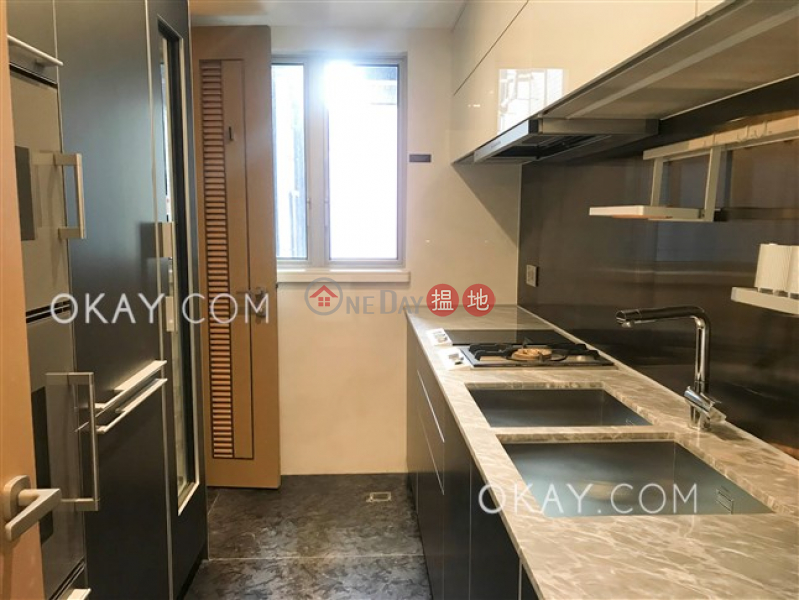 Luxurious 3 bedroom with balcony | Rental | My Central MY CENTRAL Rental Listings