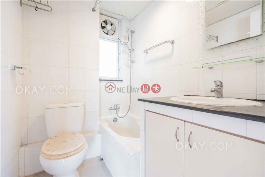 HK$ 12M | Golden Valley Mansion Central District Unique 2 bedroom in Mid-levels West | For Sale