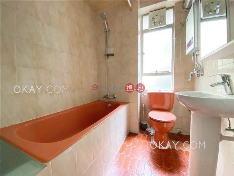 3房2廁,實用率高,連車位,露台《翡翠園出租單位》|翡翠園(Jade Garden)出租樓盤 (OKAY-R190564)