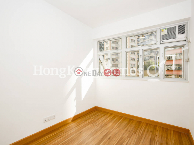 HK$ 26,000/ month   Cheong Hong Mansion   Wan Chai District   3 Bedroom Family Unit for Rent at Cheong Hong Mansion