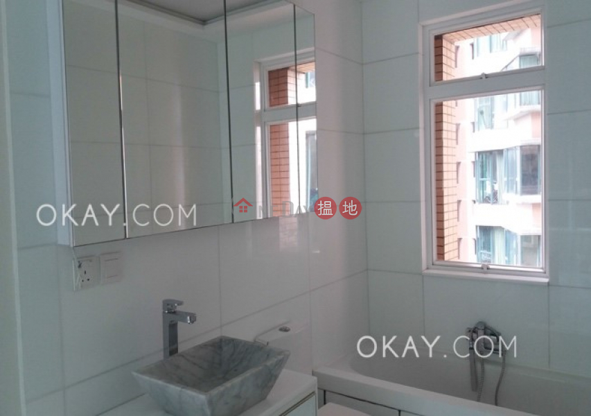 Luxurious 3 bedroom with parking | For Sale 18 Old Peak Road | Central District, Hong Kong | Sales, HK$ 42M