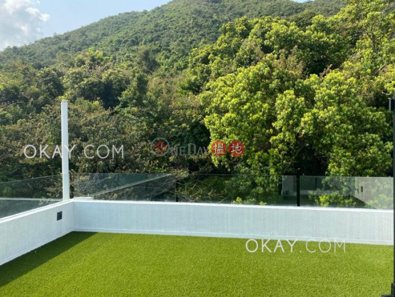 Tasteful house with sea views, rooftop & terrace | For Sale | House 1 Clover Lodge 萬宜山莊 洋房1 Sales Listings