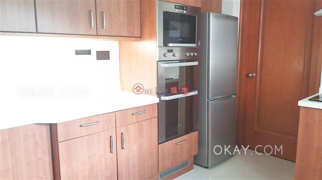 Rare 3 bedroom on high floor with sea views & balcony   Rental   Block 2 (Taggart) The Repulse Bay 影灣園2座 Rental Listings