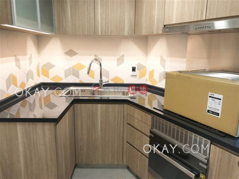 Beautiful 3 bedroom with parking | Rental 56 Tai Hang Road | Wan Chai District | Hong Kong Rental | HK$ 61,000/ month