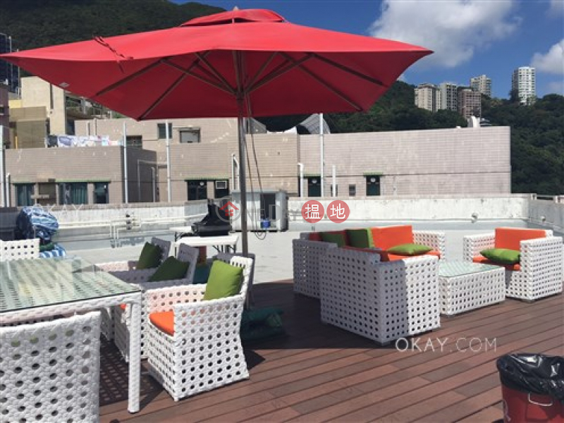 HK$ 21M Crescent Heights | Wan Chai District Popular 3 bedroom with parking | For Sale