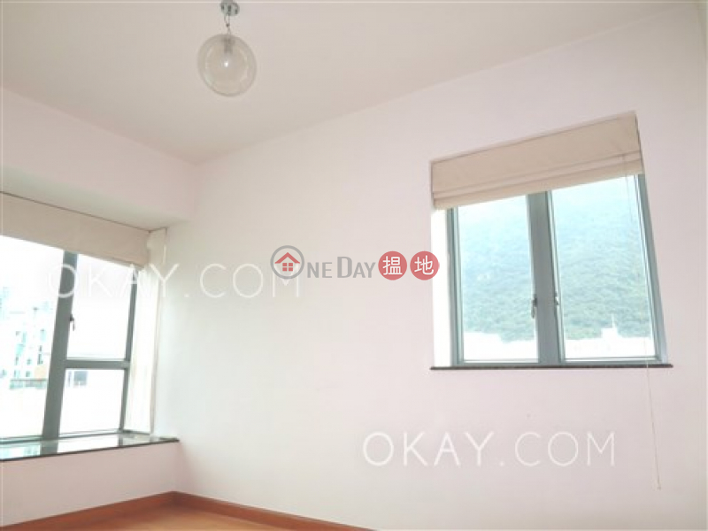 Rare 3 bedroom on high floor with balcony | For Sale | 2 Park Road 柏道2號 Sales Listings