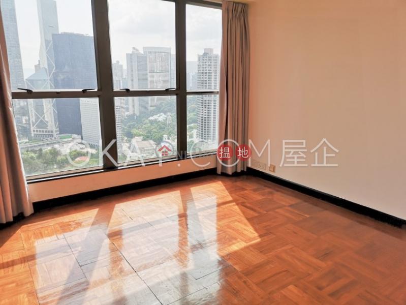 2房2廁,實用率高舊山頂道2號出租單位2舊山頂道   中區香港 出租HK$ 47,000/ 月