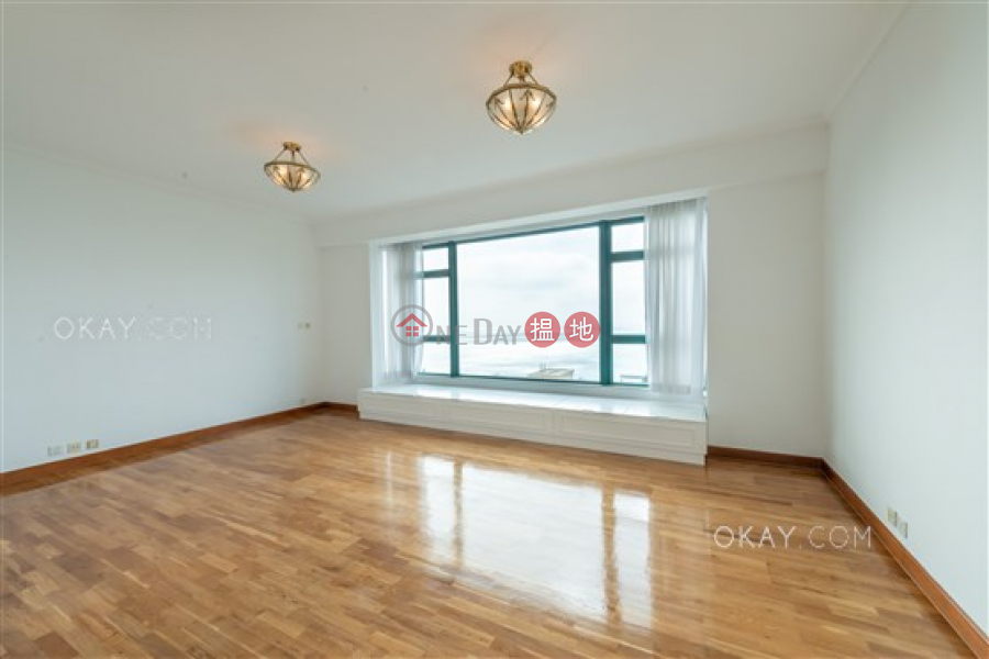 HK$ 150,000/ month Phase 1 Regalia Bay | Southern District Lovely house with sea views, rooftop & balcony | Rental