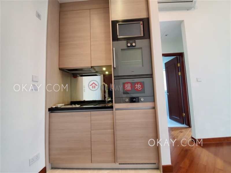 Nicely kept 2 bedroom with balcony | Rental | 200 Queens Road East | Wan Chai District | Hong Kong | Rental | HK$ 34,000/ month