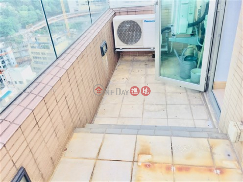 HK$ 46,000/ month York Place | Wan Chai District Luxurious 3 bedroom on high floor with balcony | Rental