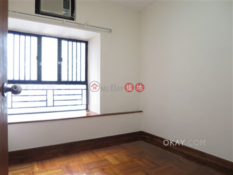 HK$ 37,000/ month | Blessings Garden, Western District | Luxurious 3 bedroom in Mid-levels West | Rental