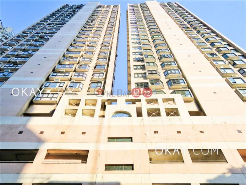 HK$ 32,000/ month | Greenway Terrace | Wan Chai District | Luxurious 3 bedroom on high floor | Rental