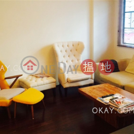 Charming 1 bedroom with terrace | Rental