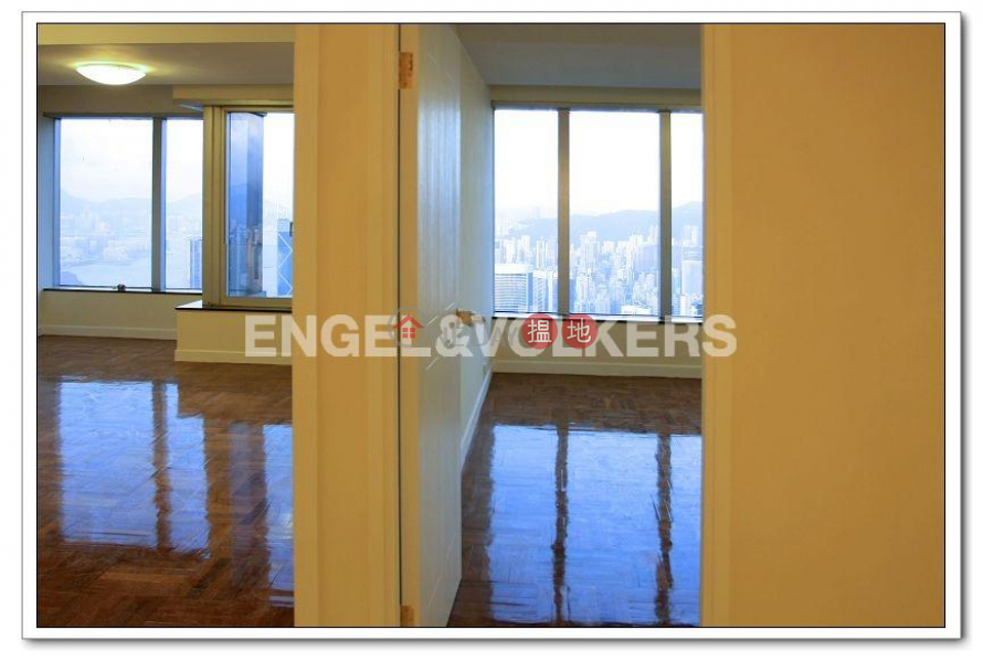 HK$ 160,000/ month | Tregunter | Central District, Expat Family Flat for Rent in Central Mid Levels