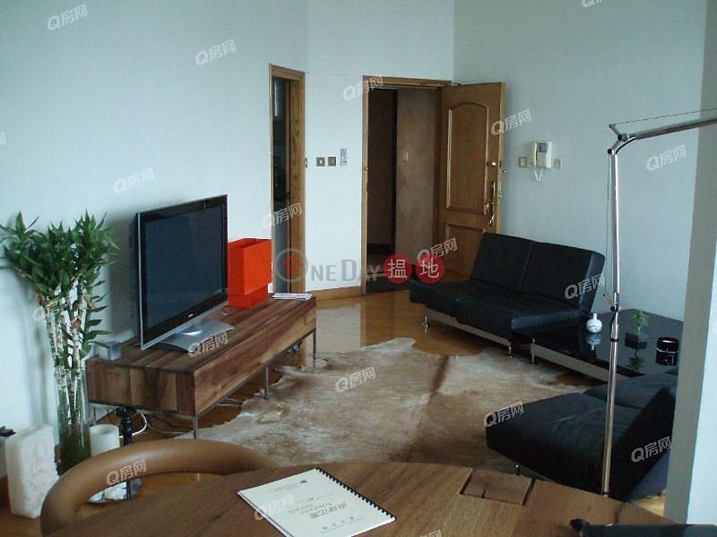 HK$ 33M | Scholastic Garden, Western District | Scholastic Garden | 3 bedroom High Floor Flat for Sale