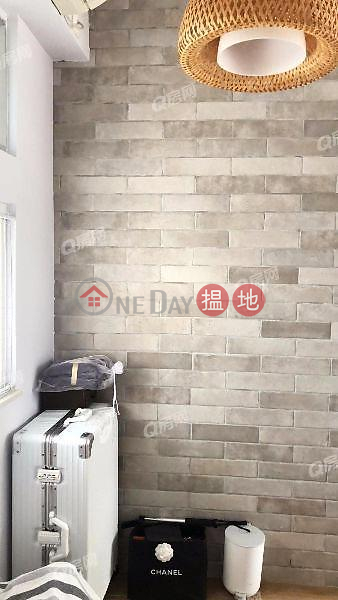 Flora Court | 2 bedroom High Floor Flat for Sale | 95 Caine Road | Central District Hong Kong Sales | HK$ 7.2M
