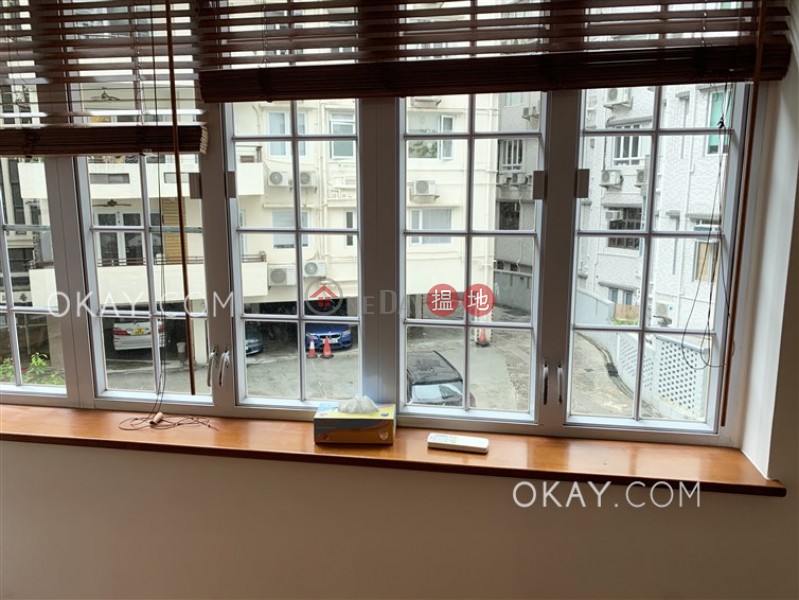 Charming 2 bedroom in Mid-levels Central | Rental 68A MacDonnell Road | Central District | Hong Kong Rental, HK$ 45,000/ month