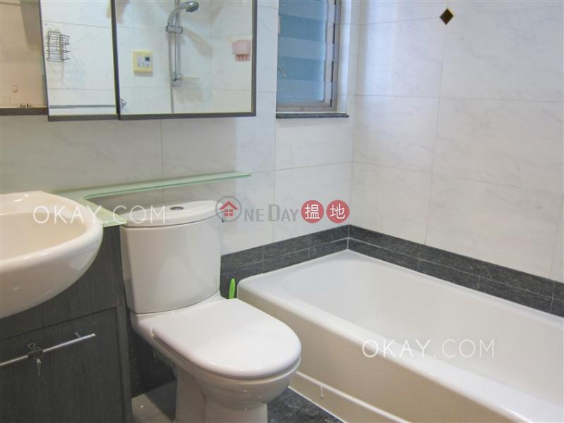 Nicely kept 3 bedroom on high floor | Rental | Sham Wan Towers Block 2 深灣軒2座 Rental Listings