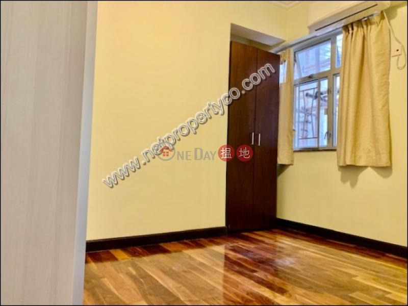 HK$ 42,000/ month Harrison Court Phase 6 | Kowloon City Spacious 3-bedroom unit for rent in Homantin