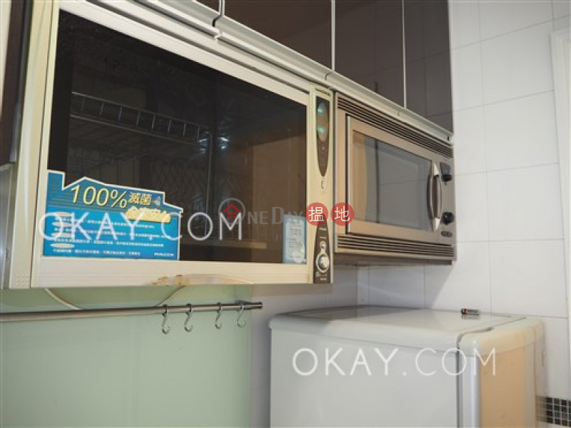 HK$ 9.2M | Cordial Mansion | Central District | Generous 2 bedroom on high floor | For Sale