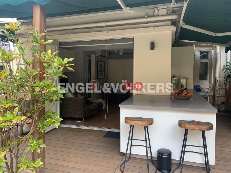 Studio Flat for Sale in Soho, Universal Building 環球大廈 Sales Listings | Central District (EVHK97956)