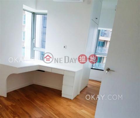 2房1廁,極高層,星級會所,露台《泓都出售單位》|泓都(The Merton)出售樓盤 (OKAY-S126497)_0