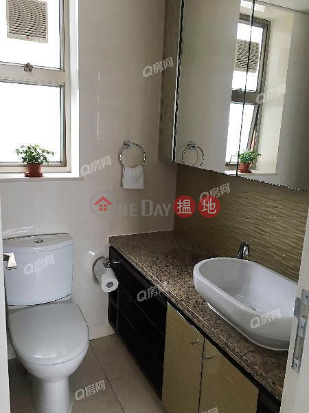 HK$ 40,000/ month The Zenith Phase 1, Block 3, Wan Chai District The Zenith Phase 1, Block 3 | 3 bedroom High Floor Flat for Rent