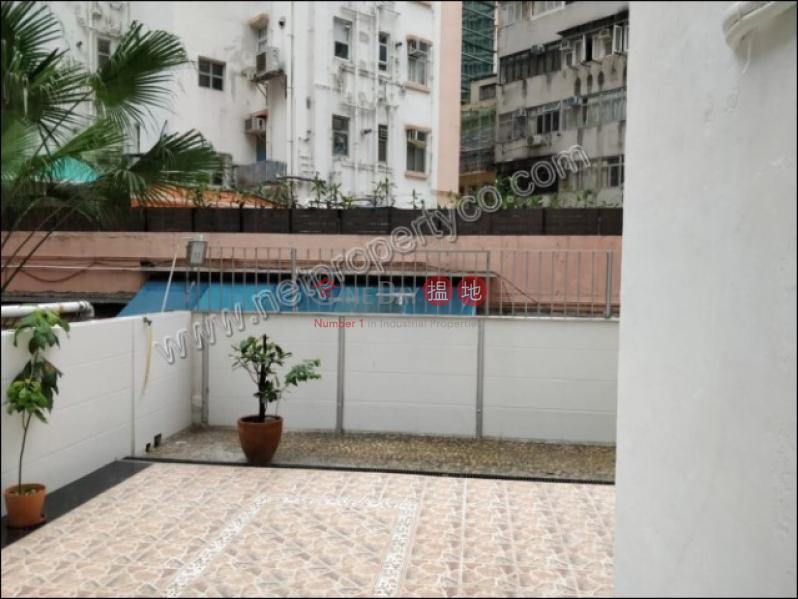 Wah Yan Court Low | Residential | Rental Listings, HK$ 21,800/ month